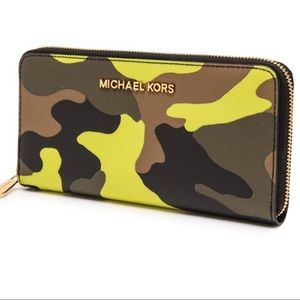 Michael Kors Acid Camo Wristlet Wallet Phone Case